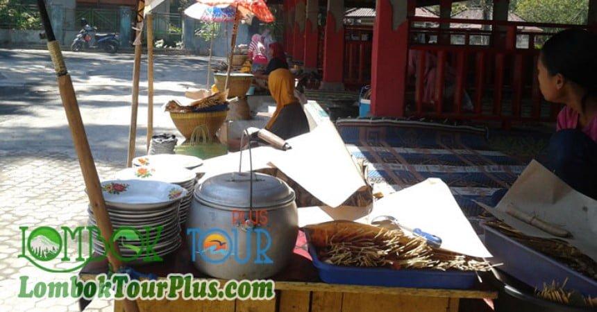 lesehan di suranadi lombok