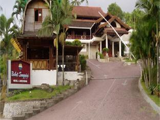 Bukit Senggigi Cottages