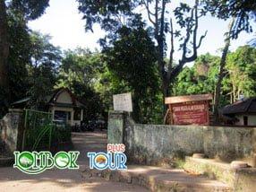 Menengok Objek Wisata Taman Suranadi