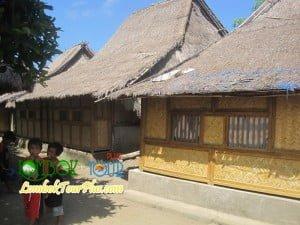 perumahan adat desa sade