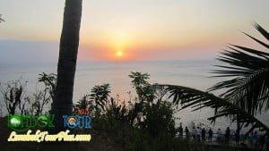 pemandangan sunset bukit malimbu