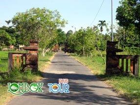 Objek Wisata Pura Lingsar Lombok