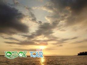 Wisata ke Pantai Senggigi Lombok