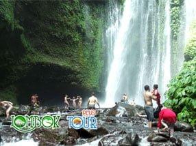 Kesejukan Air Terjun Sendang Gila di Lombok