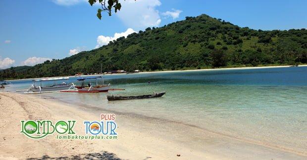 wisata Gili Tangkong