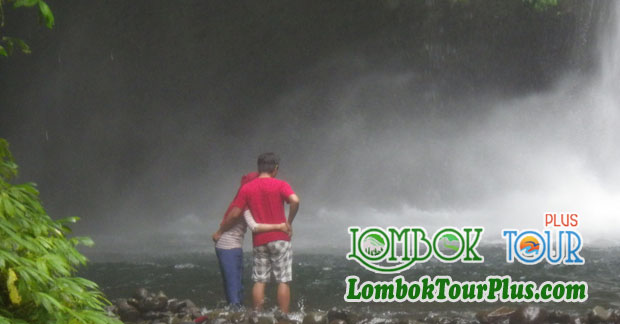 Wisata Air Terjun Lombok