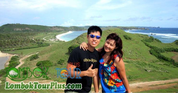 Menikmati Sensasi Pasir Merica dan Keindahan Pantai Kuta Lombok