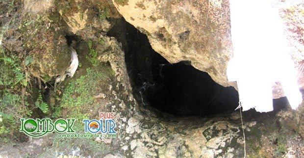 Goa di Gunung Rinjani