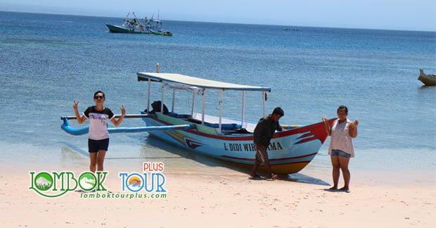 Wisata Pantai Tangsi Lombok