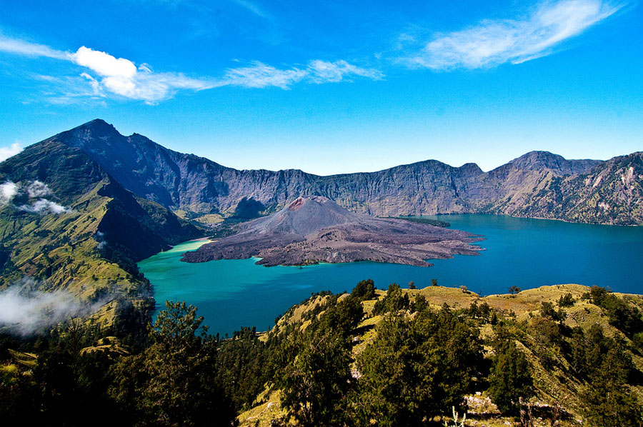 Jelajahi Gunung Rinjani di Lombok, Mahkotanya Pulau Lombok!