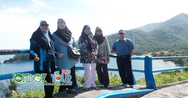 Menikmati Indahnya Bukit Malimbu Lombok