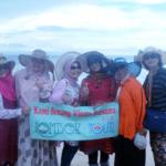 Yuk Intip Keunikan Pasir Pantai di Pantai Pink Lombok Timur