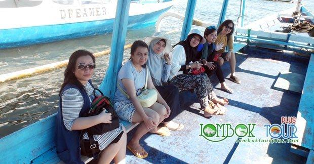 Perjalanan wisata Ibu Tika & Sahbat Menuju 3 Gili Lombok