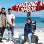 Indah dan Uniknya Pantai Tanjung Aan Lombok