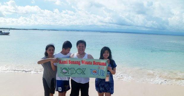 Wisata Ibu Yuliana di Lombok Bersama Keluarga