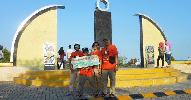 Wisata Lombok Ibu Menik dan KeluargaWisata Lombok Ibu Menik dan Keluarga